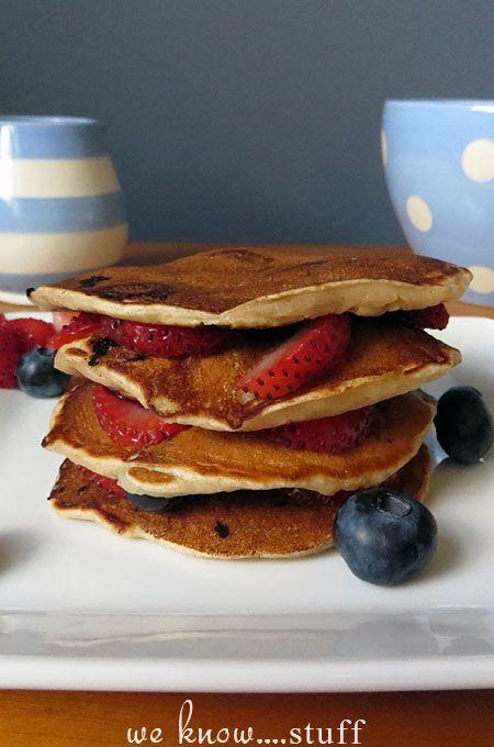 we know stuff   Very Berry Pancakes Recipe   http://www.weknowstuff.us.com #breakfast #pancakes #berries