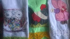 Resultado de imagem para toalha de mesa com barrado patchwork