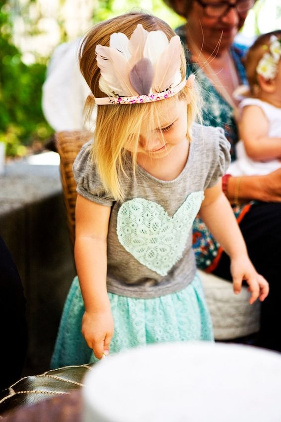 ∆∆ a tiny arrow feather crown ∆∆ Rylie's boho second birthday | Nikki Kinowski | 100 Layer Cakelet