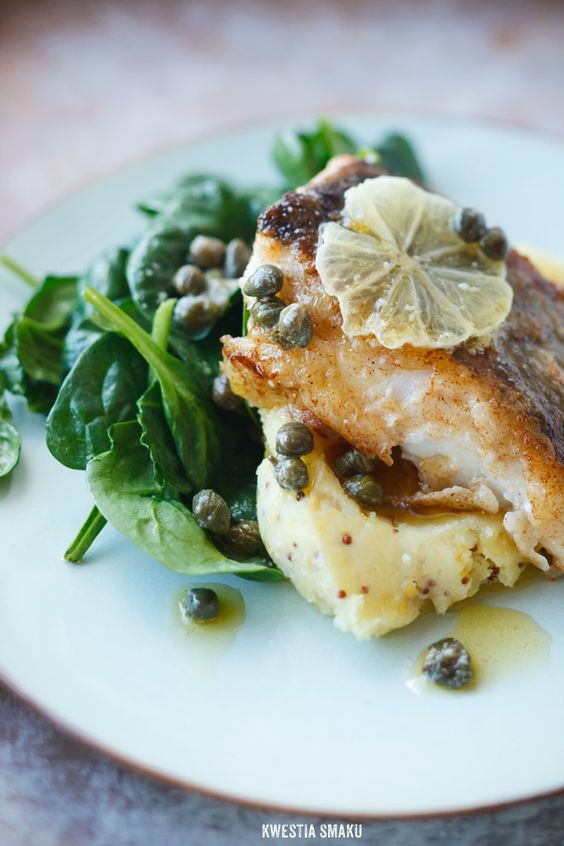 Pan fried cod with lemon butter savoury food and for Sauce for cod fish