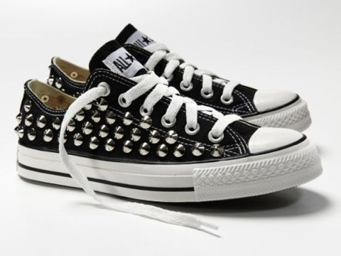 : All Star, Converse Musthave, Black Converse, Gift Ideas, Converse Can T, Cut Converse, Converse Ilgili
