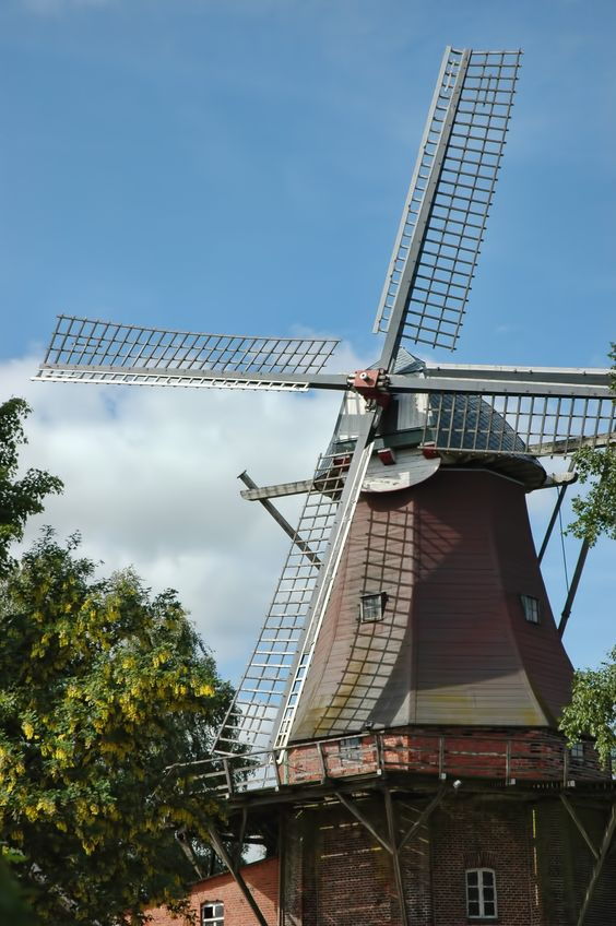 "Windmühle ""Schoof"" in Saterland-Ramsloh."