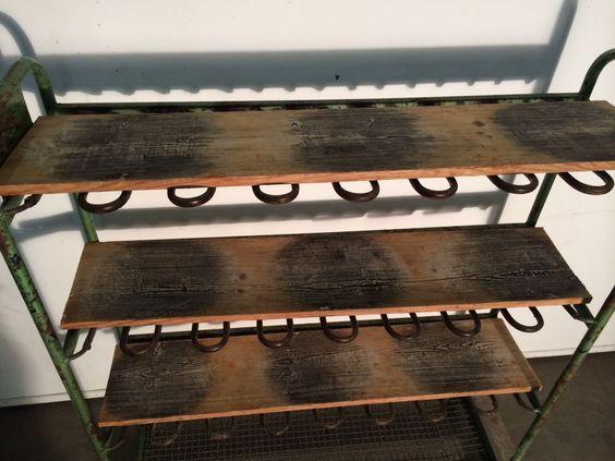 Prachtige oude rekken uit schoenenfabriek. Afm. 130 breed, 40 diep, 150 hoog. 5 beschikbaar prijs Eur 395,- per stuk