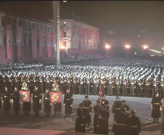 nazi germany color photos | ILLUSTRATED HISTORY: RELIVE THE TIMES: Nazi Germany In Color: Part 2