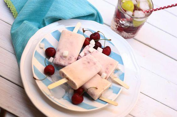 cherry and coconut popsicle - ghiaccioli ciliegia e cocco