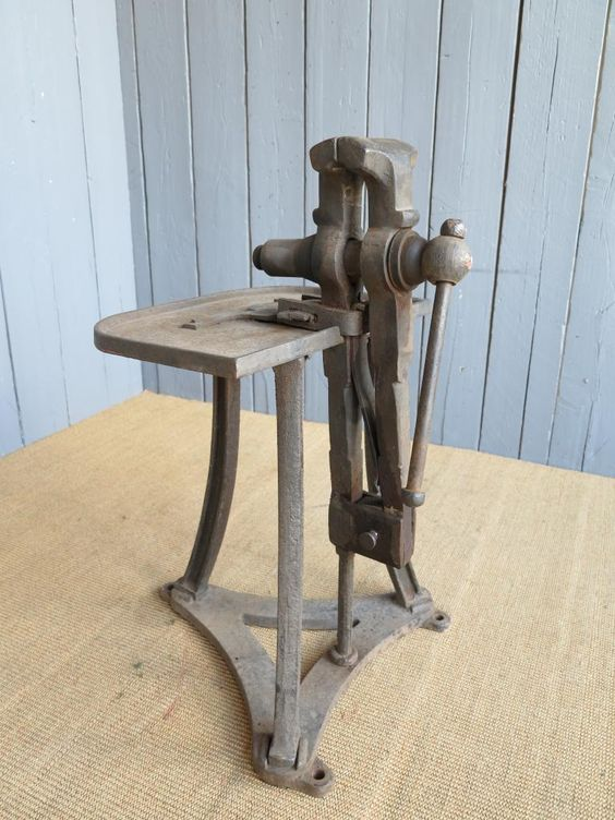 Antique Iron Vice Workbench Vices Antique Architectural