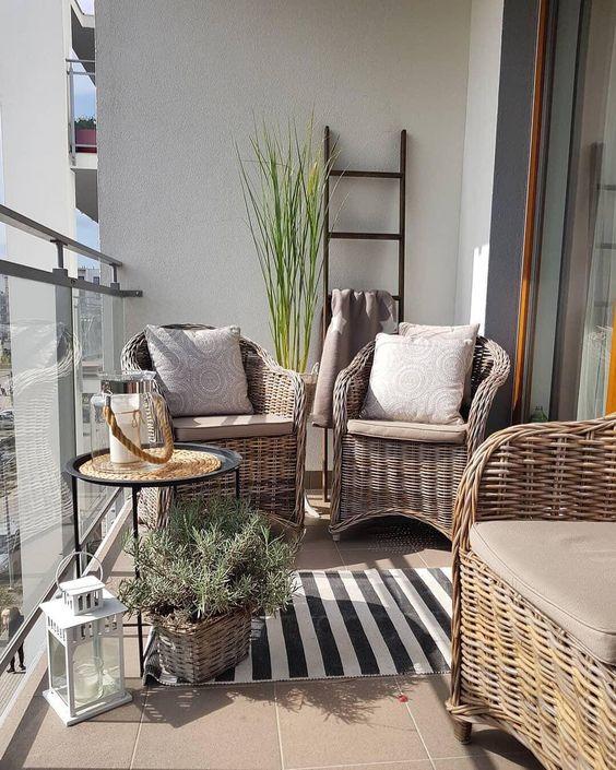 """Westwing España on Instagram: """"¿Quién dijo que no se podía sacar partido a una terraza pequeña? 💫 Sólo necesitas los muebles adecuados ✨ Consíguelos haciendo click en la…"""""""