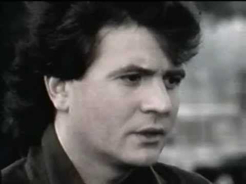 Daniel BALAVOINE - La vie ne m'apprend rien (LIVE 1984)