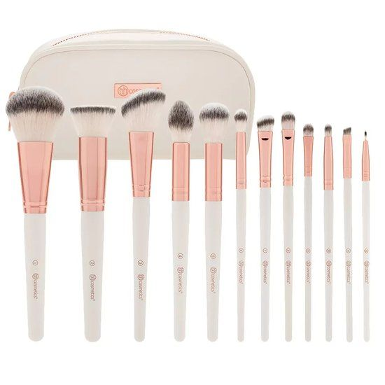 Beauty News Popsugar Beauty Makeup Brush Set It Cosmetics Brushes Bh Cosmetics Brushes