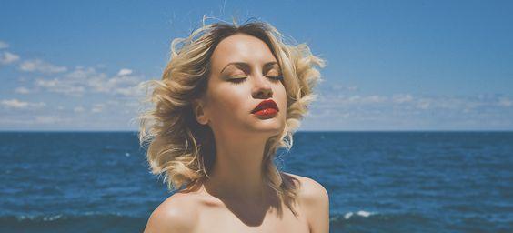 8 trucos de maquillaje para la playa