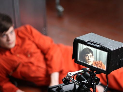 New Pix (BTS - iwan rheon on the set of the show misfits) has been published on Tremendous Pix