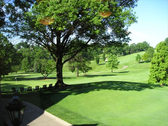 South Hills Country Club  #pittsburgh #pittsburghneighborhoods #southhills #golf #weddings