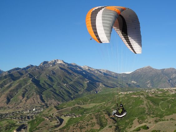 Point of the Mountain Paragliding: Come this summer, this WILL be checked off the bucketlist.