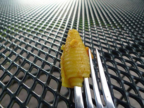 Hörnchennudeln in scharfer Currycreme mit Mango