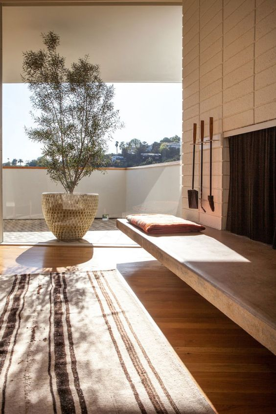 Silverlake Mid Century Modern / owned by Jessica de Ruiter & Jed Lind.