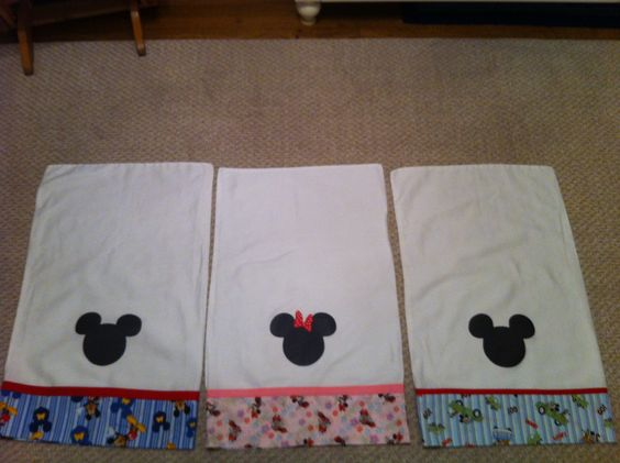 Mickey & Minnie pillow cases for Disney Character autographs