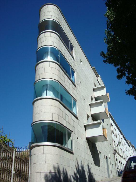 Centro Sociocultural A Trisca por John Hejduk. Santiago de Compostela, Spain: