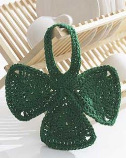 Shamrock dishcloth! - there are several St. Patrick's Day crochet projects on this page -- this is one I would make.