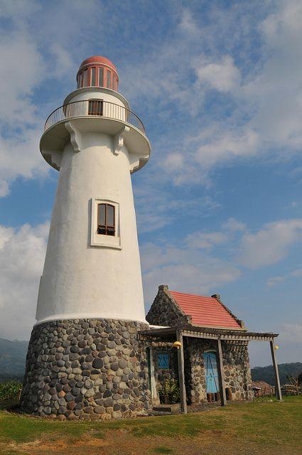 Basco faro - Isla de Batán, Islas Batian,  Luzón, Filipinas]