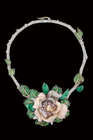Mulher Poderosa: Coleção Bal de Roses de Dior