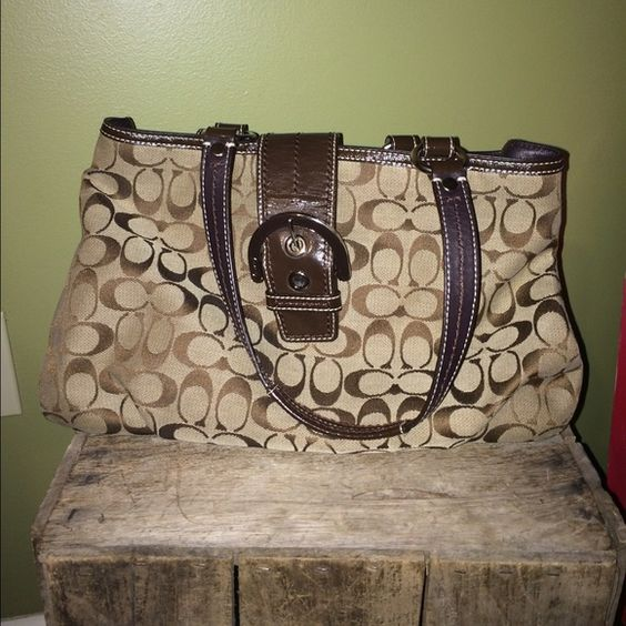 tan purse over shoulder