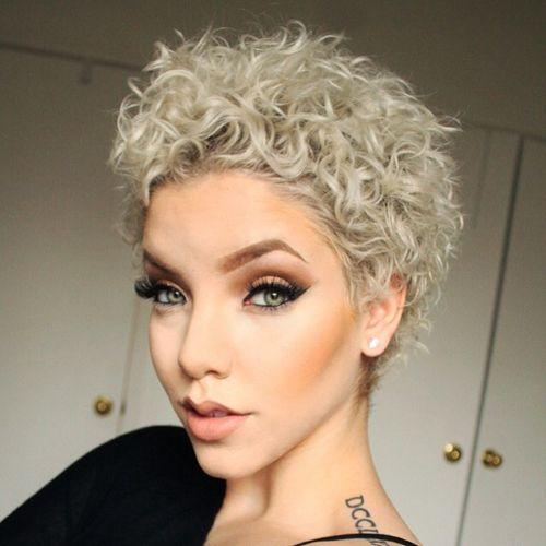 kort hår med krøller