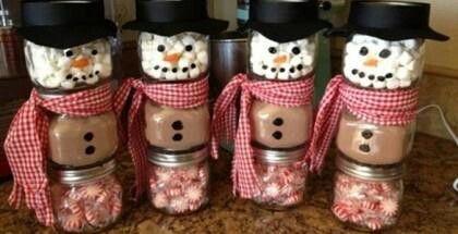 Christmas hot chocolate gift jars