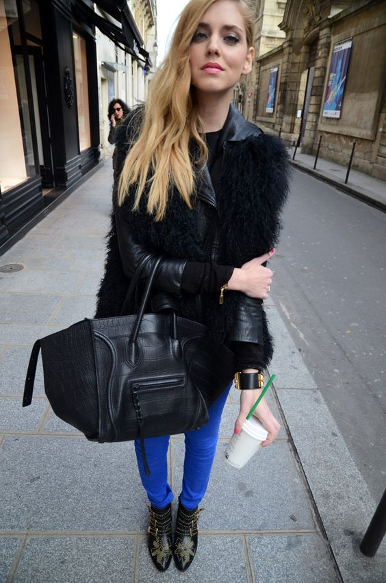 God damn it.... Céline bag and Chloé studded ankle boots. I think this photo was put on earth to test me. It is working. I am positively green.