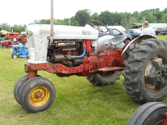 1955 Ford Tractor    https://www.youtube.com/user/Viewwithme