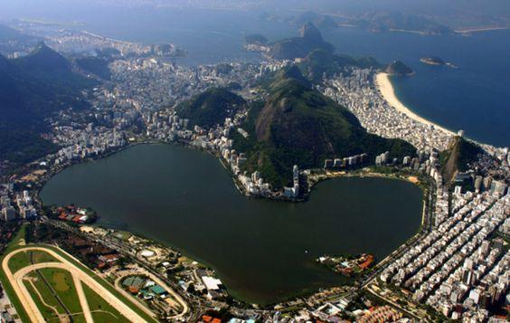 LAGOA RODRIGO DE FREITAS LAGOON AT RIO DE JANEIRO BRAZIL