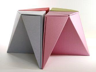 tabouret chaise en carton papercraft origami fabriqu en papier recycl kyoto origami. Black Bedroom Furniture Sets. Home Design Ideas