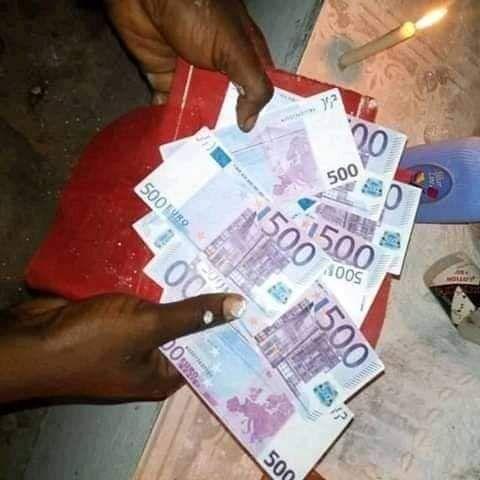 Portefeuille magique multiplicateur d'euros   Magique, Voyant medium, Rituel