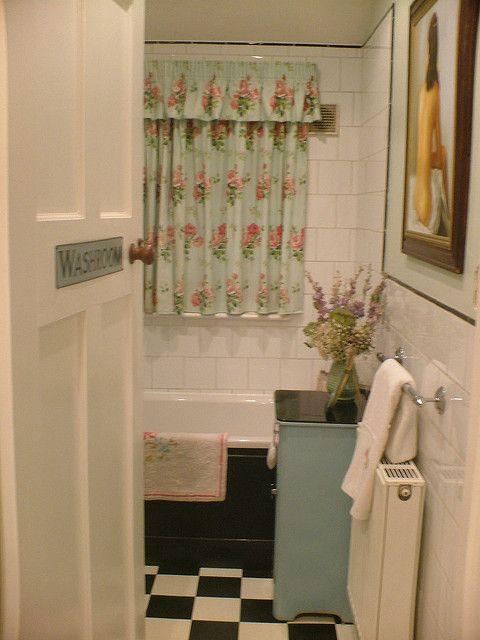 0c3f0c3e738b1432fb10424db1bb1c6b s bathroom chic bathrooms