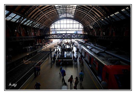Luz estação de trem-São Paulo by HUSEYIN AY on 500px