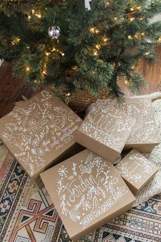 12 Creative Gift Wrap Ideas Using Simple Brown Paper Cindy Hattersley Design Creative Gift Wrapping Diy Christmas Gifts Christmas Wrapping