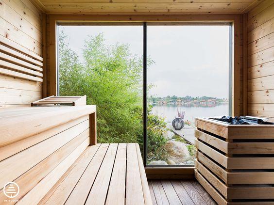Freistehende Aussensauna aus Fichte von DEISL - gedämpft und - schlichtes sauna design holz seeblick