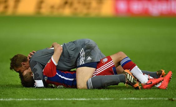 Yes, this is happiness :) Manuel Neuer and Philipp Lahm ♥
