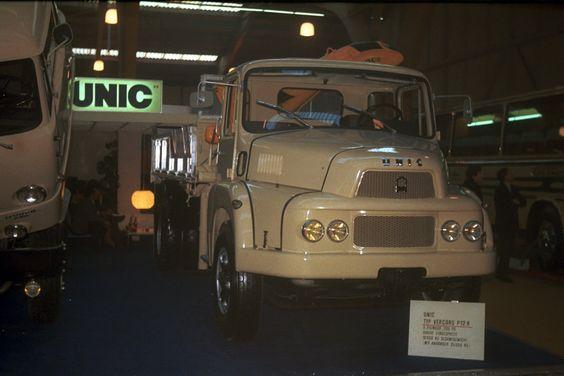 1968.03.01.SALON GENF   --------  UNIC Center AG(#CH) - Moritz Thommen - UNIC #FR