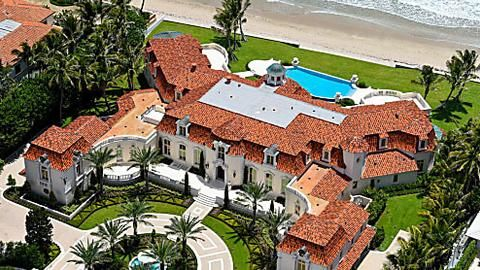 How To Create A Soft Perennial Garden In 2020 Beach Mansion Mansions Luxury Homes Dream Houses
