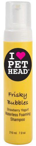 Aus der Kategorie Shampoos  gibt es, zum Preis von   Eine schnelle Lösung für verspielte Katzen! Dieses Spray-on, nicht steigende Shampoo reinigt das Fell ohne Wasser. Perfekt für neugierige Katzen. Blueberry Muffin Fragrance TO USE: Spray großzügig auf das trockene Fell. Vermeiden Augen und Ohren. Trocken mit Handtuch, und bürsten Sie es aus für eine saubere und frische Schicht. Alle Pet Head Formeln sind pH-Wert eingestellt und frei von Paraben, Sulfat, DEA und Grausamkeit sind kostenlos.