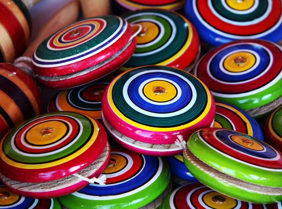 Mexican yoyos - Commons:Picture of the Year/2011/Galleries/A - Wikimedia Commons