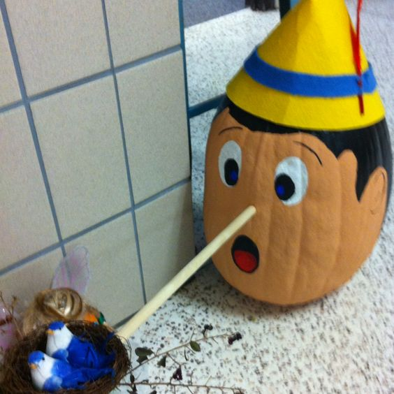 Pumpkins pinocchio and projects on pinterest for Fairytale pumpkin carving ideas
