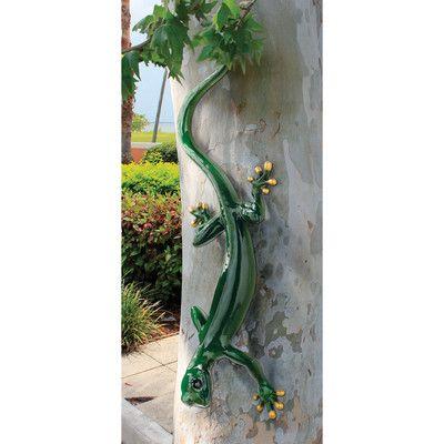 Design Toscano Giant Garden Gecko Lizard Statue & Reviews | Wayfair.ca