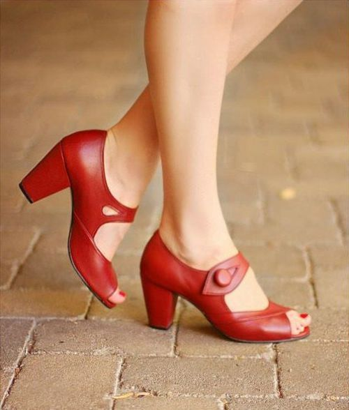 Handmade 1940s Vintage Style Shoe Dorothy From By Vintage Style Shoes Fashion Shoes Red Leather Shoes
