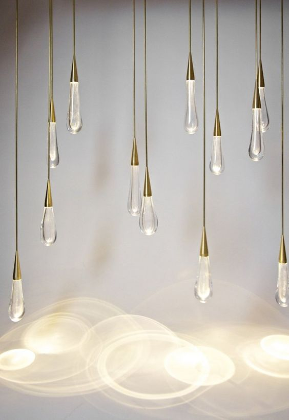 Chandelier The Pour par Design Haus Liberty: