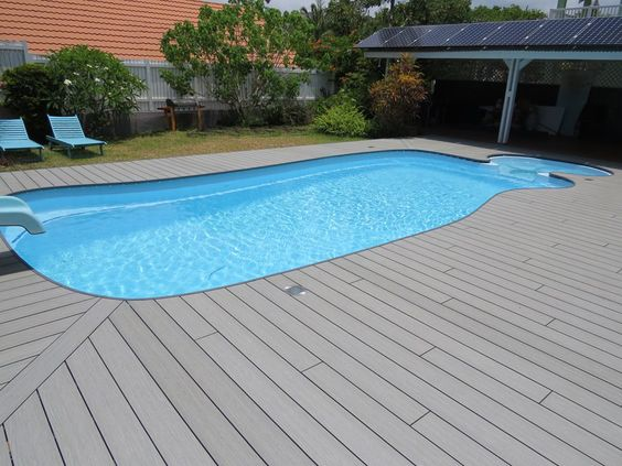 Ocewood plage de piscine en bois composite optima for Piscine en bois composite