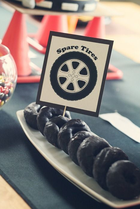 """Truck/Construction Party - """"Spare Tires"""" are choc donuts."""