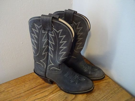 Womens Cowboy Boots Vintage 1980s Grey Gray  $50  https://www.etsy.com/listing/474269054/womens-cowboy-boots-vintage-1980s-grey?ref=shop_home_active_8