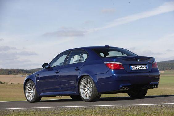 BMW M5 E60 V10