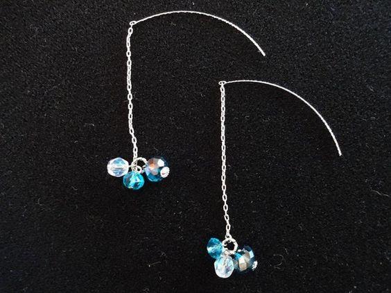 ☆jewelry of  wardaオリジナルジュエリーです☆キレイなブルーからクリアのグラデーションカラーがとっても涼しげなアメリカンピアス♪耳の後ろから見...|ハンドメイド、手作り、手仕事品の通販・販売・購入ならCreema。